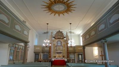 in der Kirche von Skassa