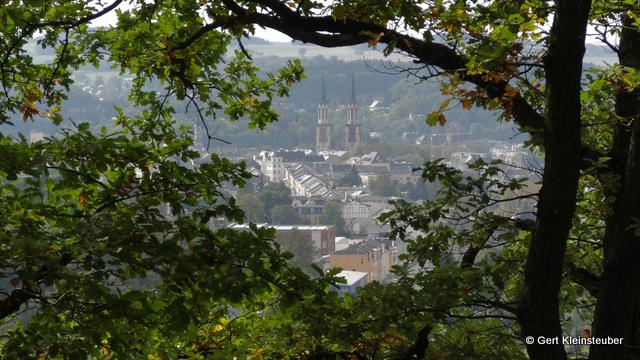 Blick über Oelsnitz zur Jakobikirche