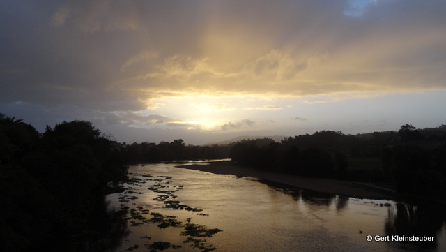 auf der Brücke über den Riu Cadavo