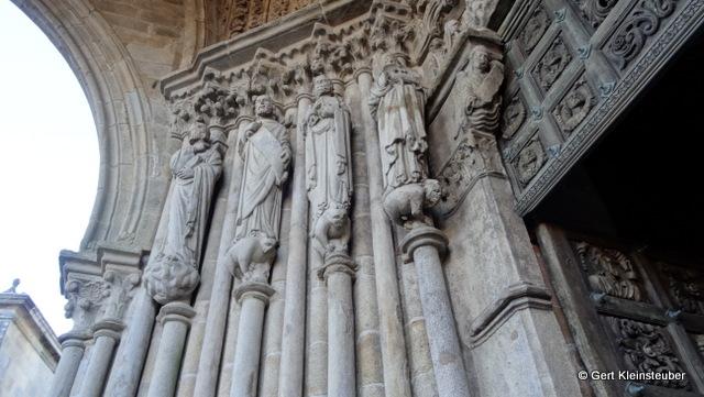 Portikus der Kathedrale von Tui