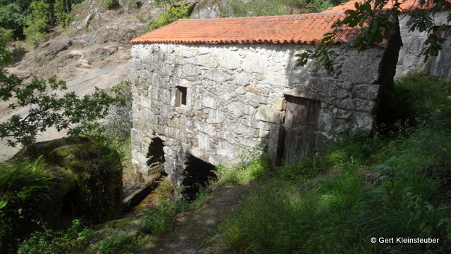 alte Wassermühle am Rio Barosa