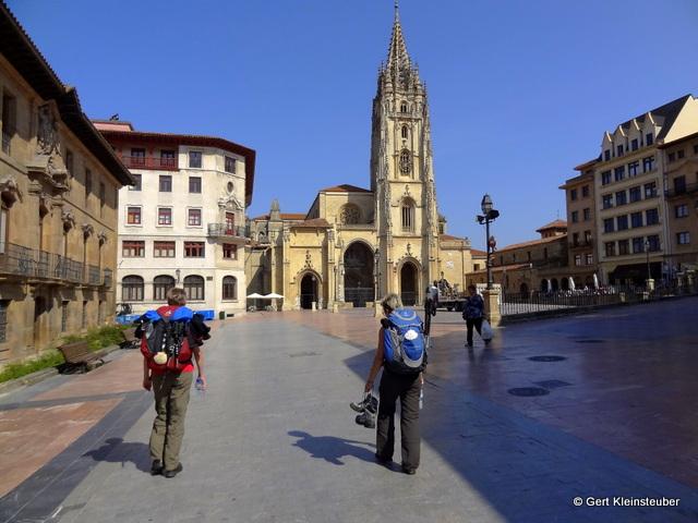 Oviedo auf dem Weg zur Herberge